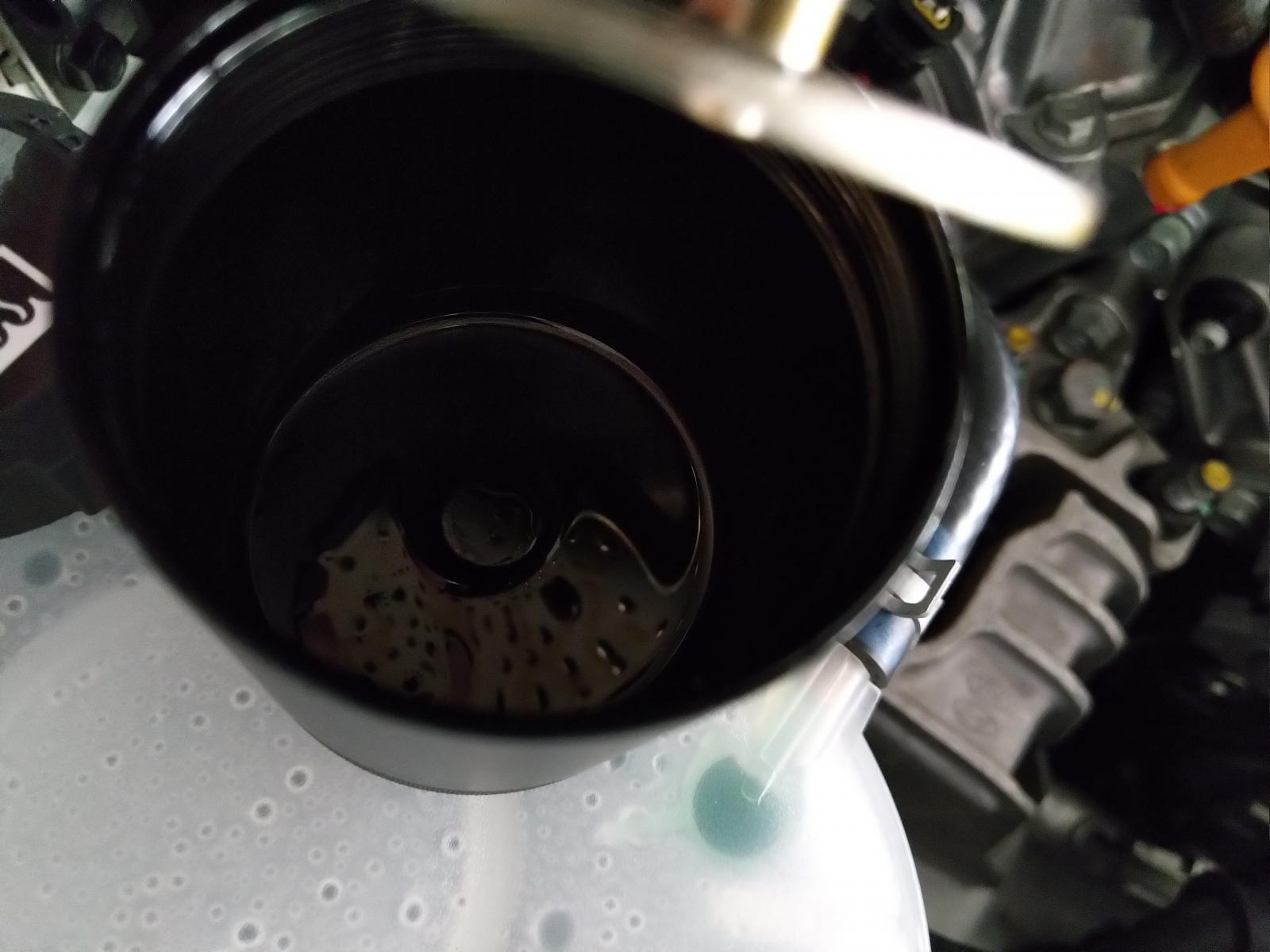 Installed an oil catch can on my Ioniq HEV | Hyundai IONIQ Forum