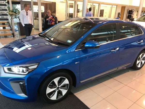 Showcase cover image for Izakiwi2's 2018 Hyundai Ioniq Elite EV
